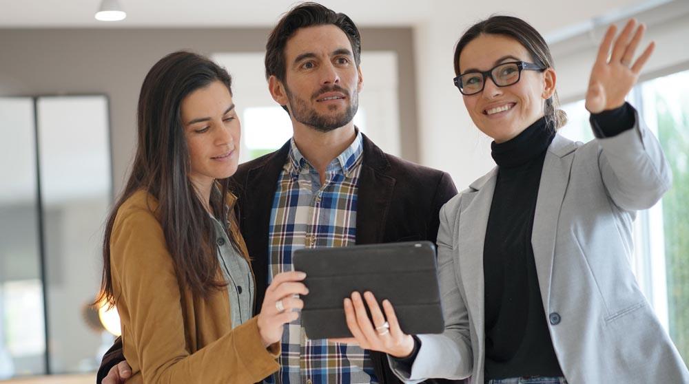 hybrider Makler mit digitalem Beratungsprozess