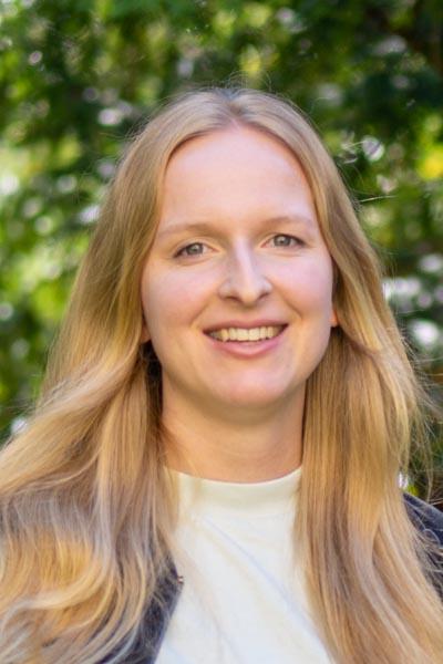 Claudia Schlenkrich vom Bridge Team